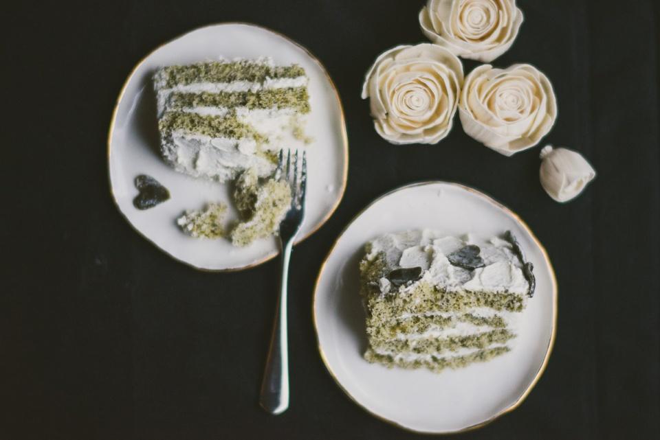 black-sesame-vertical-roll-cake-matcha-mochi | le jus d'orange-20